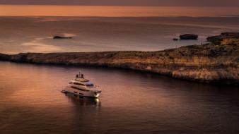 побережье, яхта, вечер