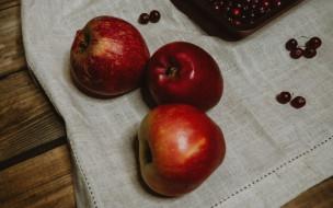 еда, фрукты,  ягоды, яблоки, клюква