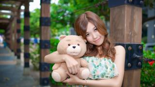 обои для рабочего стола 2560x1440 девушки, - азиатки, азиатка, плюшевый, медведь, игрушка