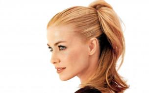 блондинка, лицо