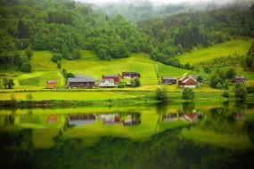 река, лес, дома, отражение