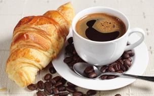 еда, кофе,  кофейные зёрна, чашка, зерна, круассан