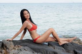 девушки, - азиатки, море, скала, азиатка, купальник, улыбка