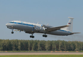 ИЛ- 18, самолёт, взлёт