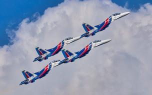 Русские Витязи, полет, Су-30СМ, облака
