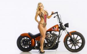 Jenny Poussin, блондинка, купальник, мотоцикл, каблуки
