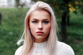 блондинка, взгляд