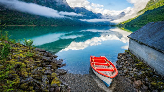 горы, лодка, туман