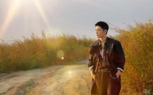 мужчины, xiao zhan, актер, плащ, дорога, поля