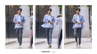 мужчины, xiao zhan, актер, рубашка, футболка, камера, ворота
