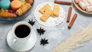 еда, кофе,  кофейные зёрна, печенье, зефир, макаруны, анис, корица