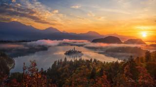 города, блед , словения, горы, озеро, остров, туман, закат