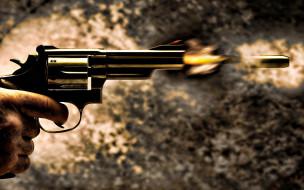 оружие, револьверы, рука, револьвер, пуля, выстрел