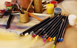 разное, канцелярия,  книги, карандаши, краски, кисти