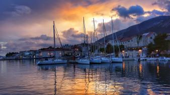 корабли, порты ,  причалы, залив, яхты, город, вечер