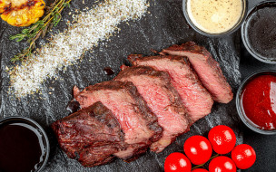еда, мясные блюда, буженина, мясо, соусы