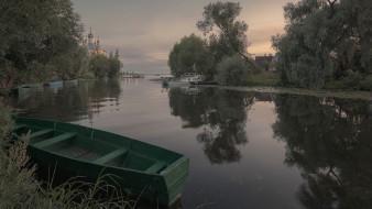 река, лодка, отражение