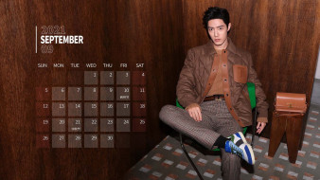 Сяо Джань, актер, куртка, кроссовки, сумка, стул