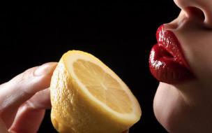 лимон, губы