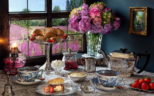 еда, натюрморт, гортензия, лампа, чай, булочки, клубника, сахар