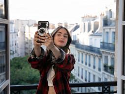 девушка, камера, балкон, Париж, дома