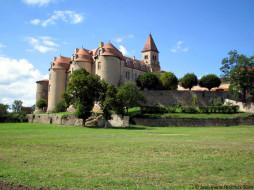 chateau, prieure, de, pommiers, en, forez, loire, города, замки, луары, франция