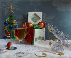 праздничные, угощения, ёлочка, вино