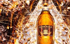 обои для рабочего стола 2263x1440 бренды, glenmorangie, шотландский, виски, бутылка, сияние