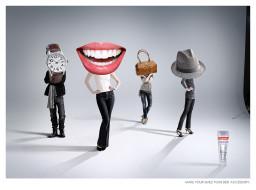 обои для рабочего стола 1600x1189 бренды, colgate, зубная, паста, часы, улыбка, сумка, шляпа
