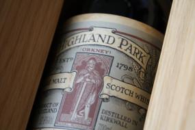 Whisky обои для рабочего стола 3888x2592 whisky, бренды, highland, park, виски, алкоголь