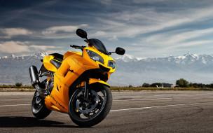 обои для рабочего стола 1680x1050 мотоциклы, daytona, облака, дорога, горы