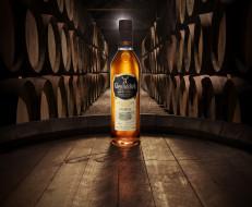 whisky, бренды, glenfiddich, виппый, погреб, бочки, этикетка, виски, бутылка