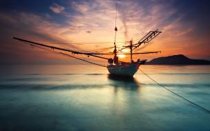 обои для рабочего стола 2560x1600 корабли, лодки, шлюпки, такелаж, шхуна, заря, тучи, горизонт, море