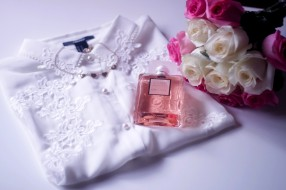 бренды, chanel, парфюм, coco, mademoiselle, блуза, блузка, цветы, букет, розы, белые, розовые