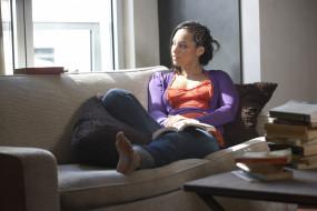 диван, окно, комната, Alicia Keys, певица, книги