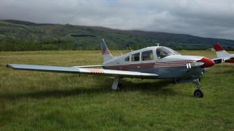 pa-28r-201 arrow iii aircraft, авиация, лёгкие и одномоторные самолёты, поле, самолет, одномоторный, легкий, трава