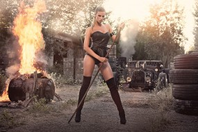 leonie hagmeyer-reyinger, автомобили, авто с девушками, сапоги