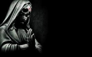 Paranormal Activity: The Marked Ones обои для рабочего стола 2880x1800 паранормальное явление метка дьявола, кино фильмы, -unknown , другое, скелет, череп, монах, paranormal, activity, the, marked, ones, метка, дьявола, паранормальное, явление