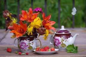 еда, клубника,  земляника, чайник, цветы