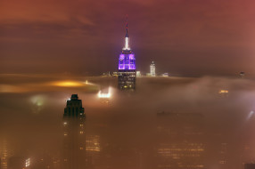usa - new-york - manhattan - empire state building, города, нью-йорк , сша, огни, эмпайер-стэйт-билдинг, подсветка, city, lights, ночь, manhattan, new, york, foggy, туман