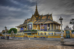 royal palace,  phnom penh,  cambodia, города, - столицы государств, площадь, дорога, дворец