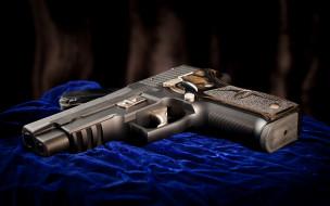 обои для рабочего стола 2560x1600 оружие, пистолеты, пистолет