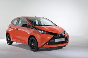 2014 Toyota Aygo обои для рабочего стола 3000x2000 2014 toyota aygo, автомобили, toyota, оранжевый, aygo