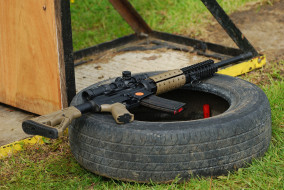 обои для рабочего стола 2048x1371 оружие, винтовки с прицеломприцелы, штурмовая, винтовка, ar-15