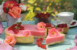 обои для рабочего стола 2400x1545 еда, торт, только, ягоды, цинния