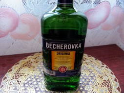 бренды, becherovka, ликер