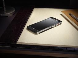 Vertu Signature обои для рабочего стола 2559x1923 vertu signature, бренды, - vertu signature, ежедневник, стол, ручка, папка, смартфон, телефон, верту
