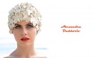обои для рабочего стола 2880x1800 девушки, alexandra daddario, цветы, чепчик, взгляд, лицо, александра, дадарио