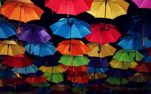 обои для рабочего стола 2560x1600 разное, сумки,  кошельки,  зонты, фон, улица, зонты